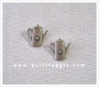 button-teapots3